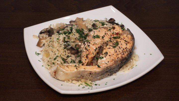 Рыба на пару с рисом и грибами в мультиварке, рецепт рыбы и риса. Рецепты для мультиварки. Мультиварка