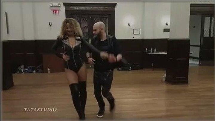 ОНИ ВЗОРВАЛИ ИНТЕРНЕТ! А ты, капризная.💗 танцуют Ataka & Alemana (new clip