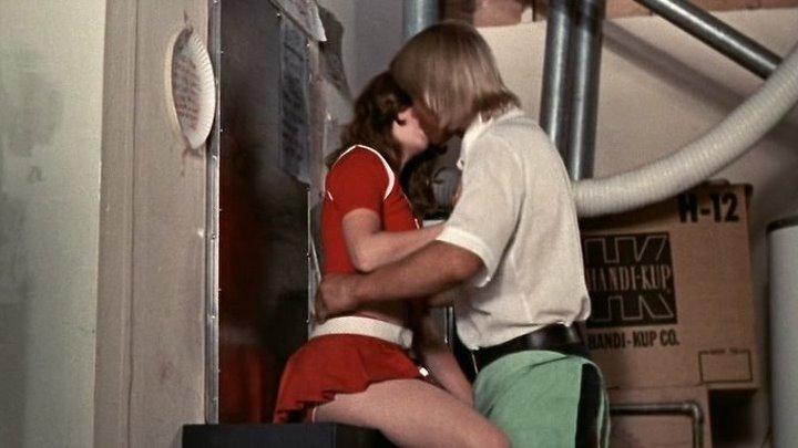 Девочки из группы поддержки / The Cheerleaders (1973) 18+ Комедия, Спорт