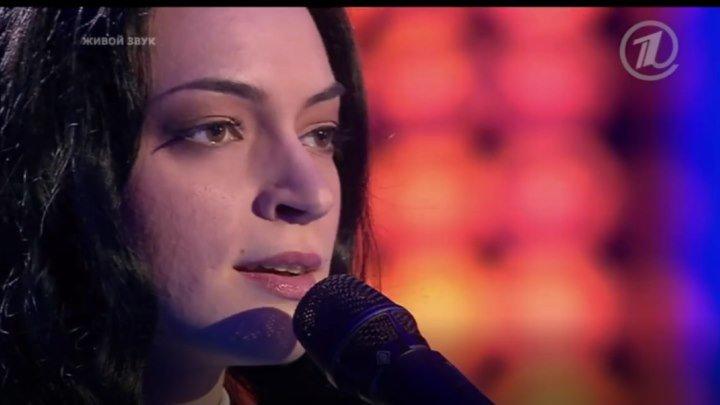 Очень сильная песня...а как она ее спела ...!!!! Просто СУПЕР !!! Молодец!!
