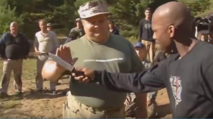 Русский спецназ показывает мастерство рукопашного боя!