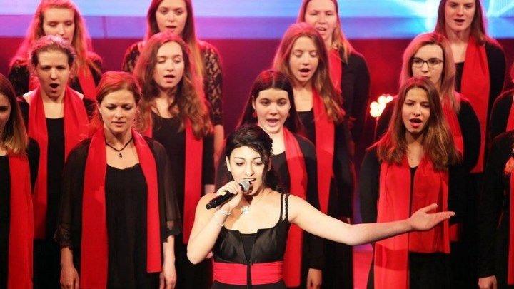 Чешский хор исполнил песню об армянских фидаинах - солирует Кармен Сароянова