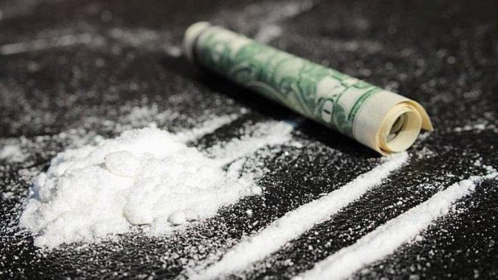 История наркотиков. Секретная война с наркотиками (2017) 3 серия. Банды, тюрьмы и королевы метамфетамина.