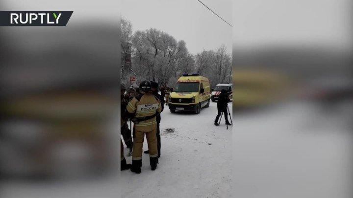Не менее 15 человек пострадали в ходе драки на ножах в пермской школе