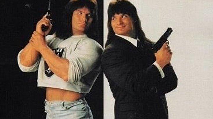 Двойные неприятности. 1992 Комедия, Криминал, Триллер