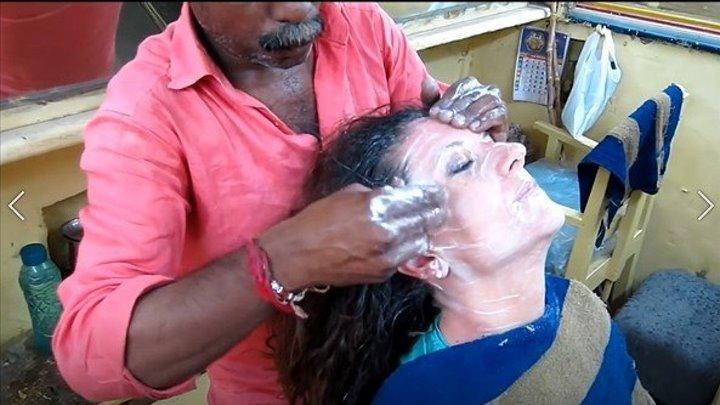Как в Индии делают массаж головы)