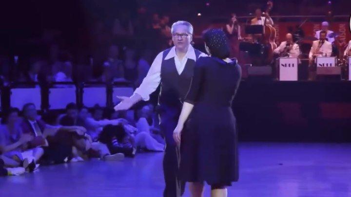 `ШАЛУНЬЯ ОСЕНЬ` - Красиво танцует не только молодёжь!!!