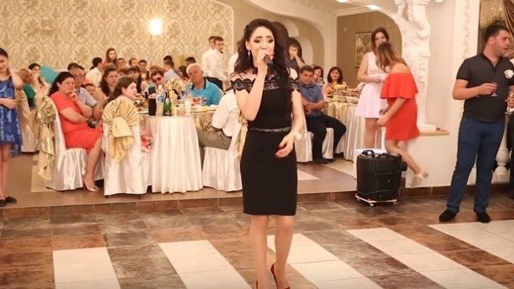 Очень красивая песня в исполнении сестры невесты