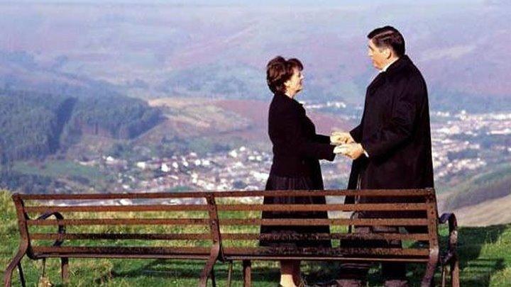 Четверо похорон и одна свадьба (Plots with a View). 2002. Комедия, криминал, мелодрама