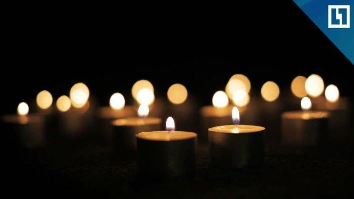 71 свеча в память о погибших в авиакатастрофе