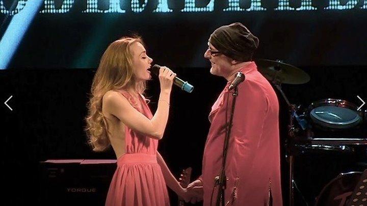 """Шикарный ДУЭТ! """"А мы как две алые розы..."""" Сильные голоса!"""