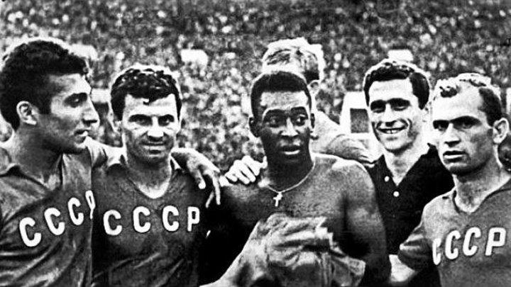 Лужники. 1965. СССР-Бразилия