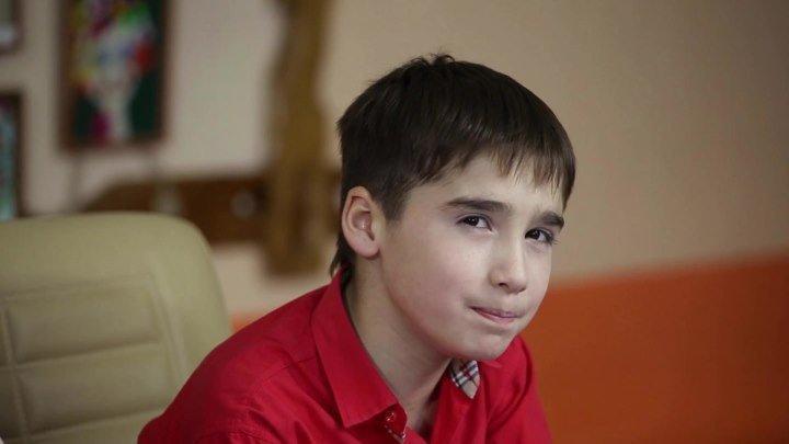 Наш школьник поразил Грачевского и получил главную роль в «Ералаше». Вот как он играл в Красноярске («Первый поцелуй»)