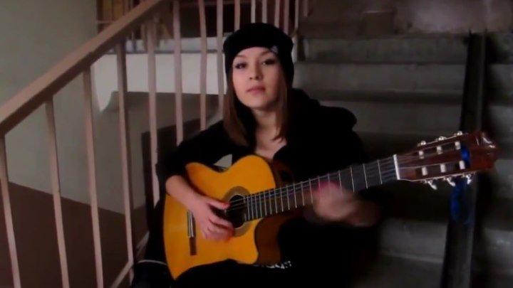 Ты не поверишь! Обычная девушка круче звёзд играет на гитаре