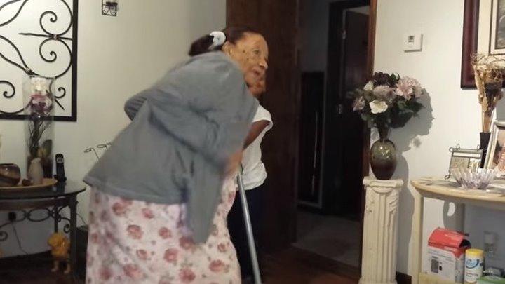Моя бабушка танцует в 97 лет!