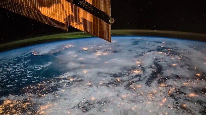 Наша прекрасная планета со Спутника!