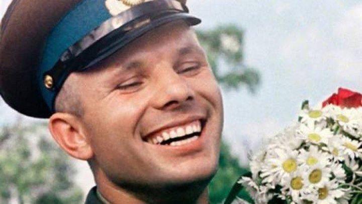 С Днём Космонавтики! Посвящается Юрию Гагарину - первому человеку в космосе