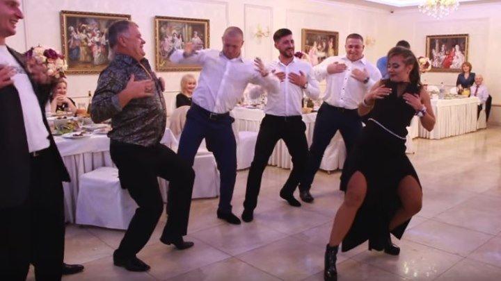 Танцевальный Батл на Свадьбе! Свидетельница Зажгла!
