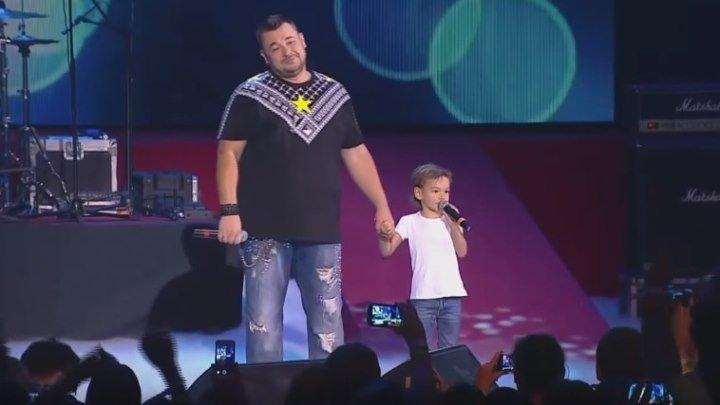 Сергей Жуков и Энджел Жуков – Мужички. Папа и сын, так трогательно...