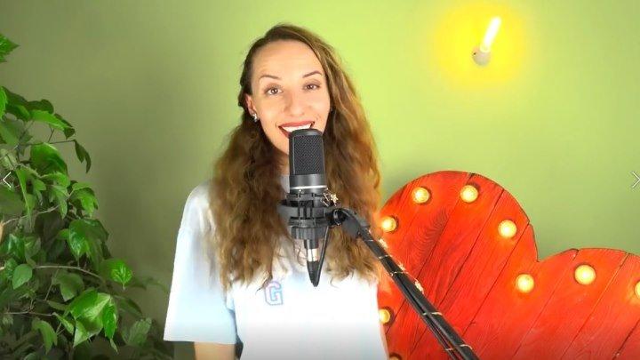 ОДНА девушка поет на 10 разных голосов! Гагарина, IOWA, Ёлка, Сюзанна