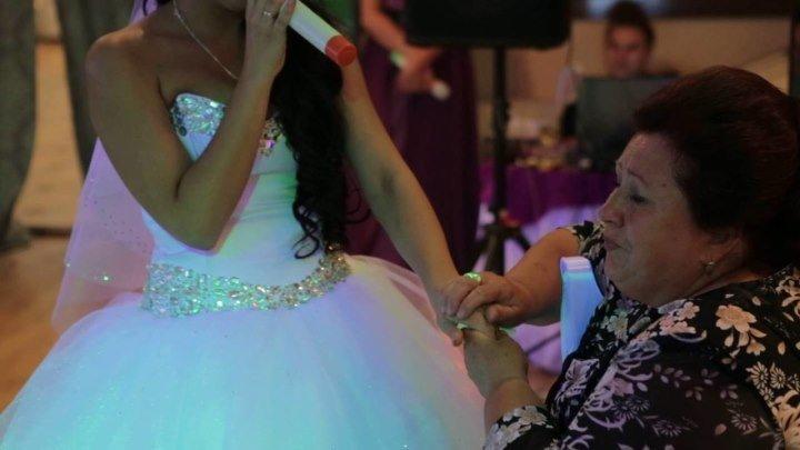 Песня для мамы. Дочка поет маме. Мамины руки.