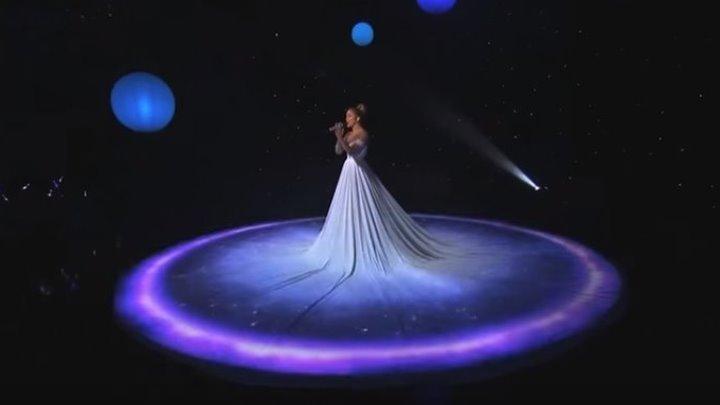 «Живое» платье-холст Дженнифер Лопес! Невероятная красота!