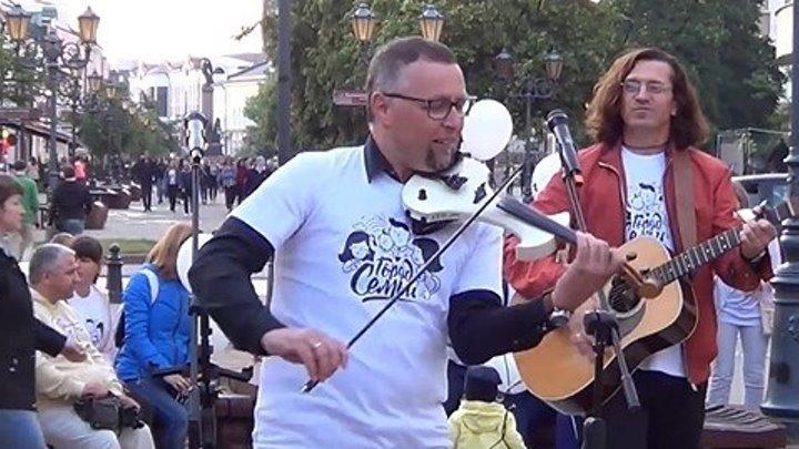 Вот что можно сыграть на скрипке, если музыкант - талант!