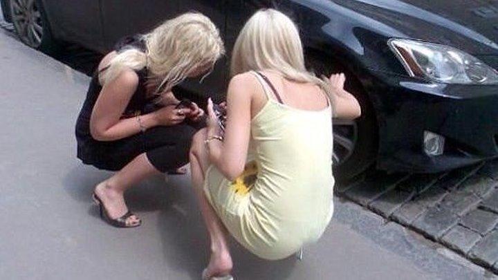 Гаишник прикололся над блондинкой