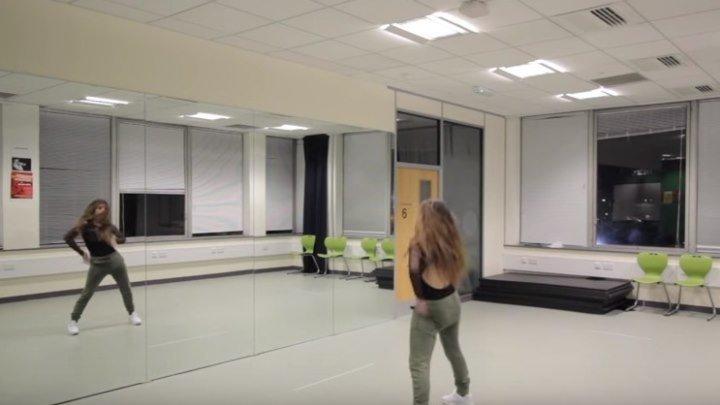 Ed Sheeran - Shape Of You. Красиво танцует девушка!