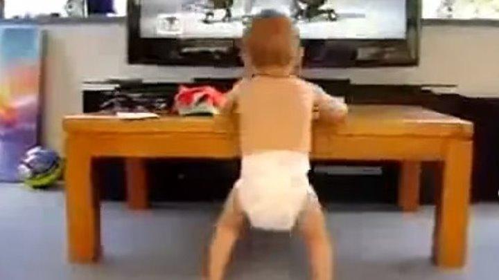 Малыш танцует с Beyonce. Вот это прикол!!!