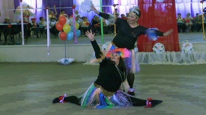 Танец ДЖАМБО . На празднике ФОК ,, МЕЧТА ,,.