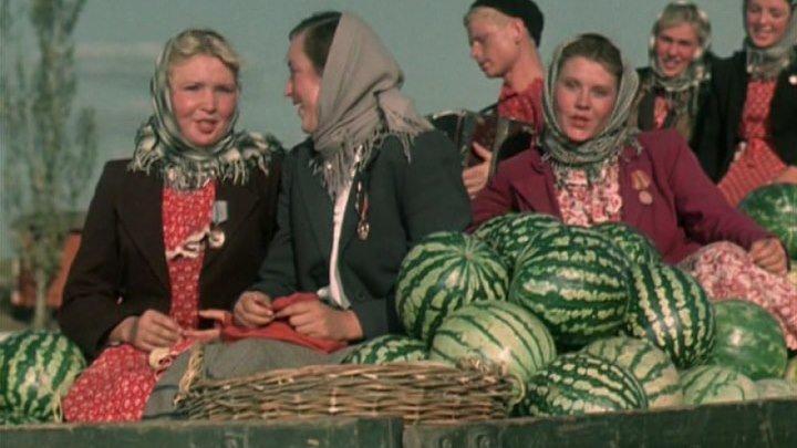 Песни разного периода СССР.