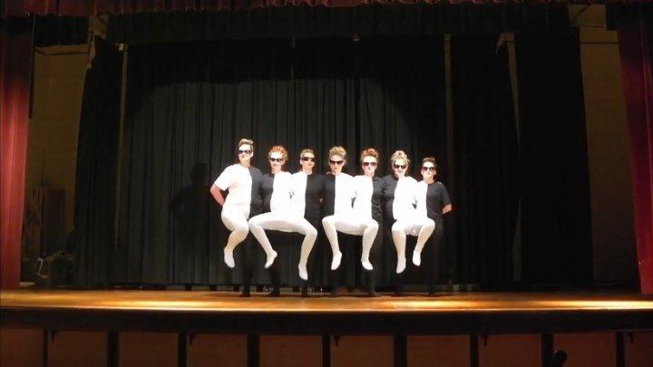 `СЛОМАЙ МОЗГ` - Шикарный танец с оптической иллюзией!!!