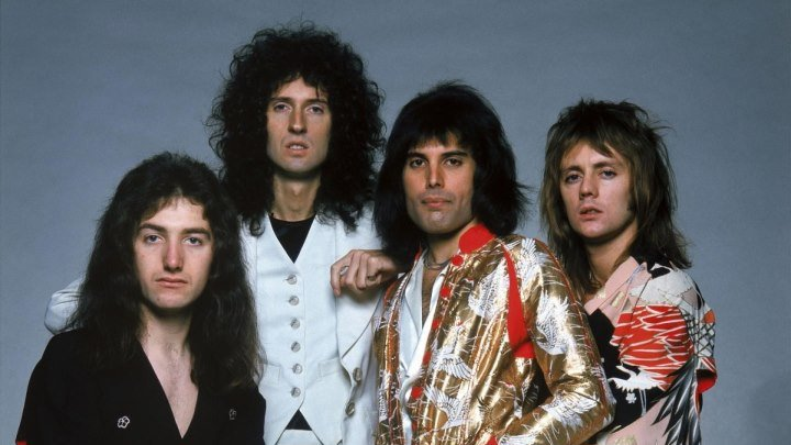 Queen - Show Must Go On