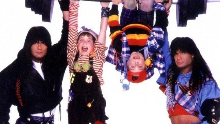 Няньки 1994 г. ‧ Триллер/Комедия/Боевик