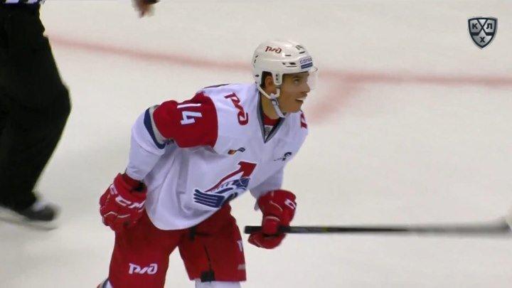 Первый гол Денисенко в КХЛ