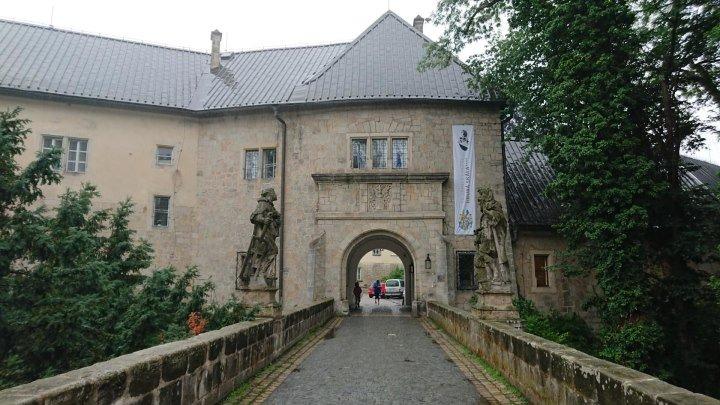 Чехия. Чешский рай, замок Груба Скала.