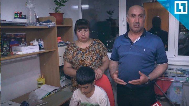 Мать на руках носит сына-астматика на 10 этаж