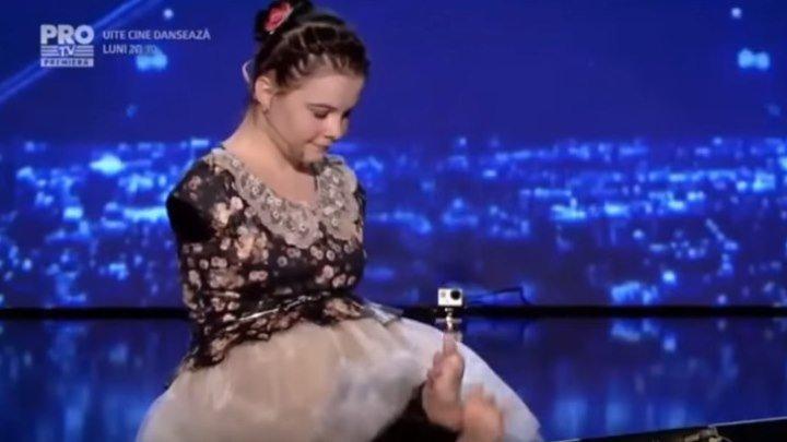 Девушка без рук на шоу талантов. Невероятная сила воли и любовь к жизни!