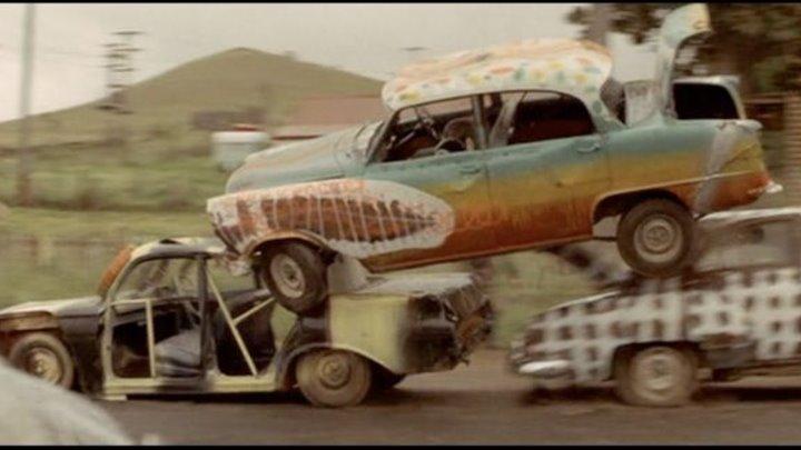 Машины, которые съели Париж (Австралия 1974 ᴴᴰ) 16+ Комедия, Триллер, Фильм ужасов