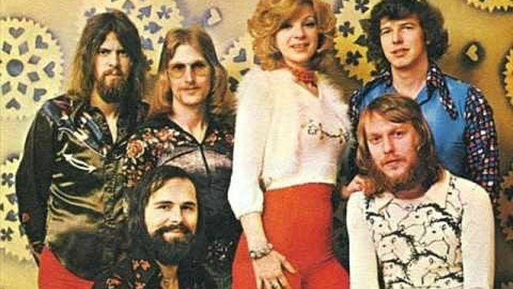 «Teach-In» - I'm Alone 1975 // Teach-In (англ. Диспут) — нидерландская поп-группа, победившая на конкурсе песни Евровидение в 1975 году.