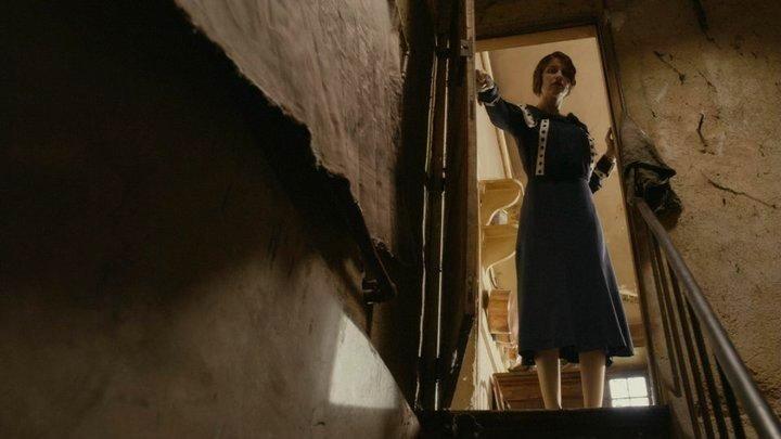 Кошмар за стеной (2011) Derrière les murs