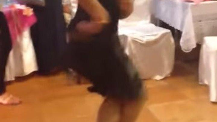 Цыганочка танцует! Супер!!!