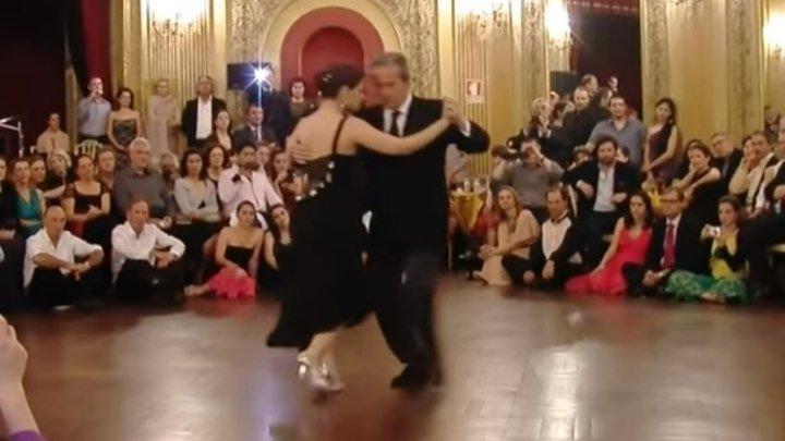 А нам сегодня 50, ещё не вечер... Как же красиво они танцуют!!!