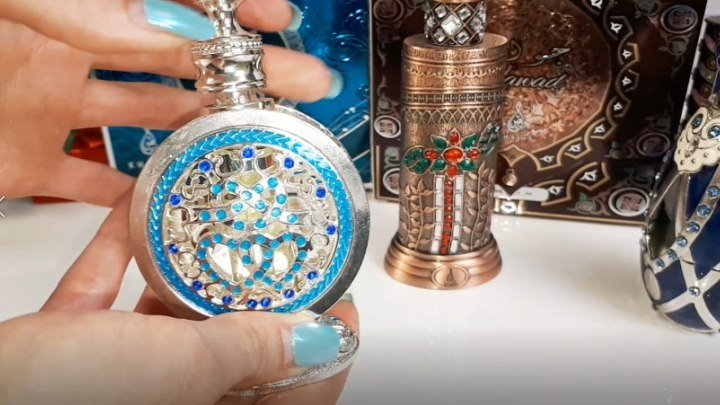 Какие же потрясающие эти арабские духи. Очень приятные и стойкие, масляные ароматы!