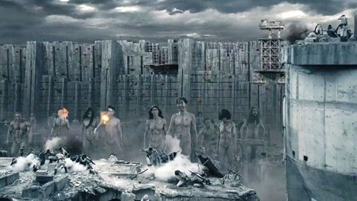 Атака Титанов 1. Жестокий мир. 2015