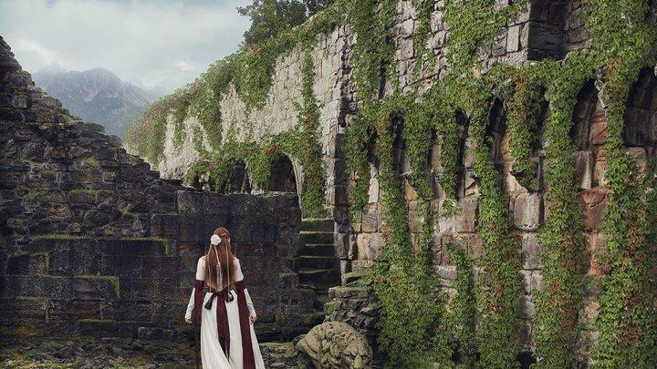 Создаём коллаж «На развалинах старого замка» Часть 1