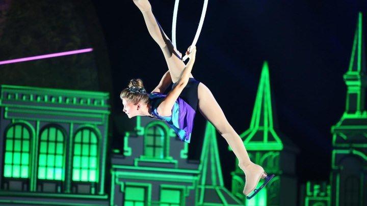 """Воздушная гимнастка - на коньках!/ Виктория Пикулина. """"Синяя птица"""""""