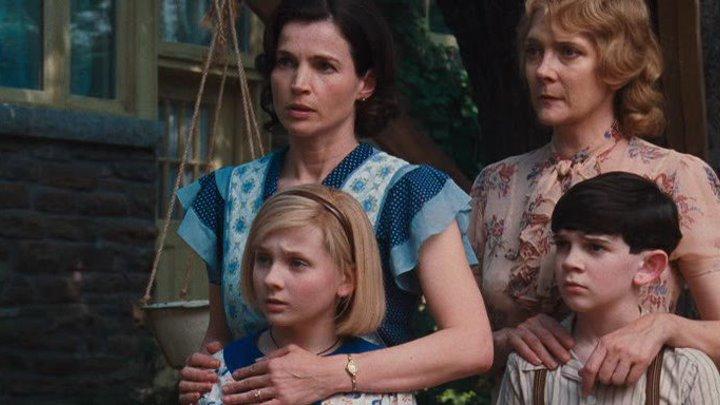 Кит Киттредж: Загадка американской девочки (2008) / Kit Kittredge: An American Girl (2008)