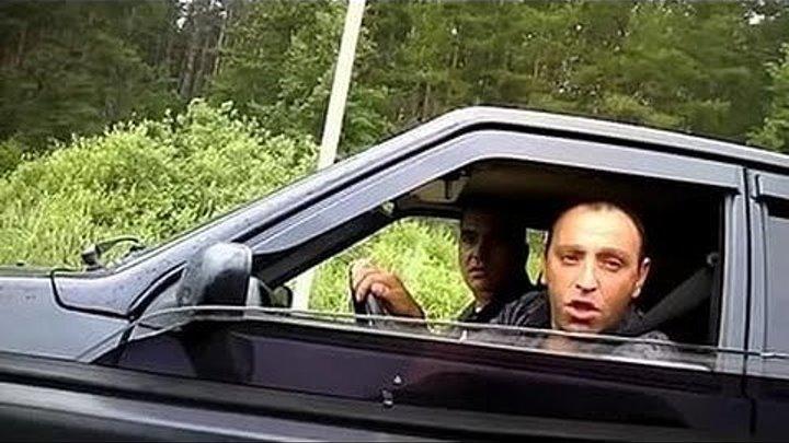 Быдланы на дороге наложили в штаны, мужик поставил уродов на место!